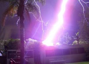 lightning430x312